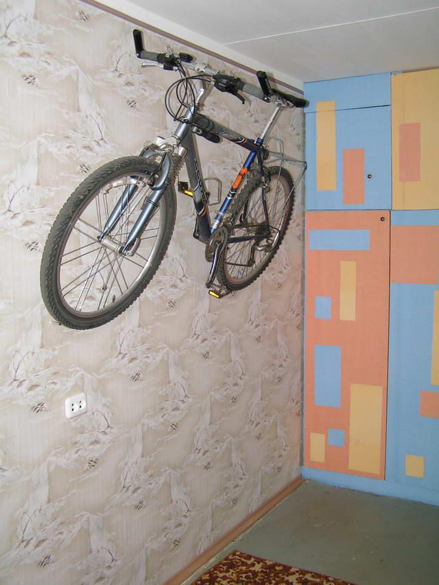"""Как """"припарковать"""" велосипед в квартире. обсуждение на livei."""